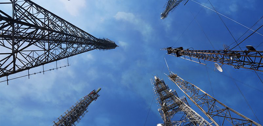 5G Network and Tower Deployment Market